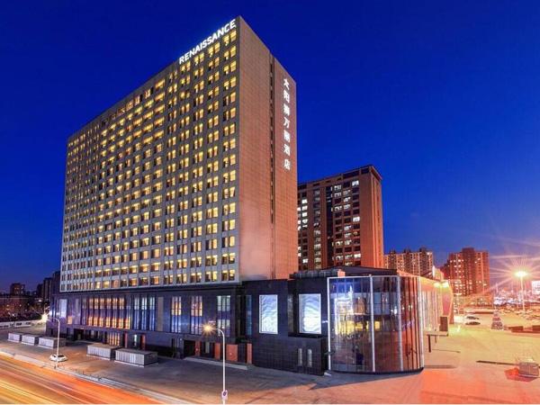 太阳狮万丽酒店